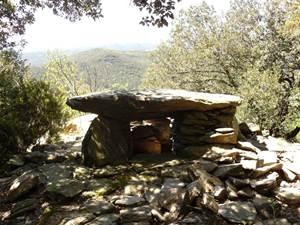 De la cîme de Montcalm au Dolmen de Sognes