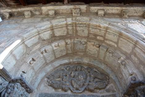 Eglise de Saint-Aventin Tympan