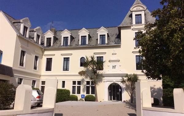 Hôtel de France 29250