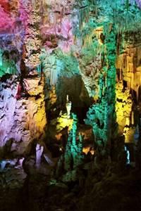 Visite contées spéciale famille à la Grotte de la Salamandre