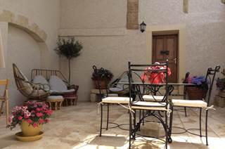 En petite Camargue,Chez Remyette, agréable maison de village entièrement rénovée pouvant accueillir 4 à 5 personnes