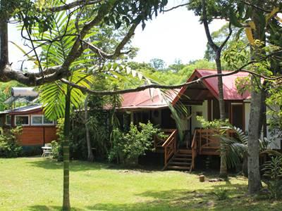 Entre Plage et Rivière - Hébergement en bungalow