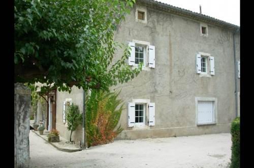 meuble-Brouzet-lès-Alès1 ©