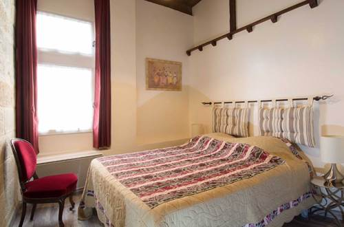 La grande bourgade - chambre lit double © DROUIN Gérald