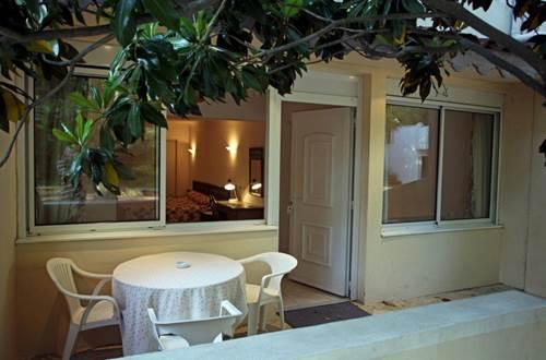 2012 ROBINSON Terrasse chambre ©