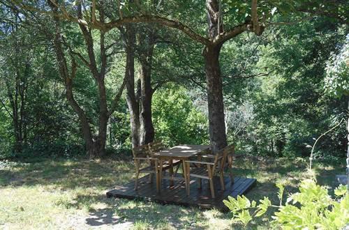 table et arbre esquirol ©