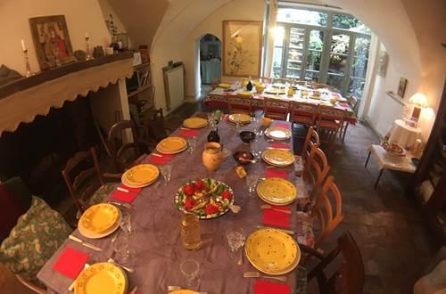 déjeuner de fête pour 20 personnes ©