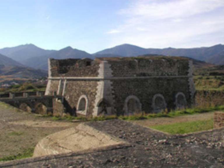 FORT ROND ET FORT CARRE- Collioure